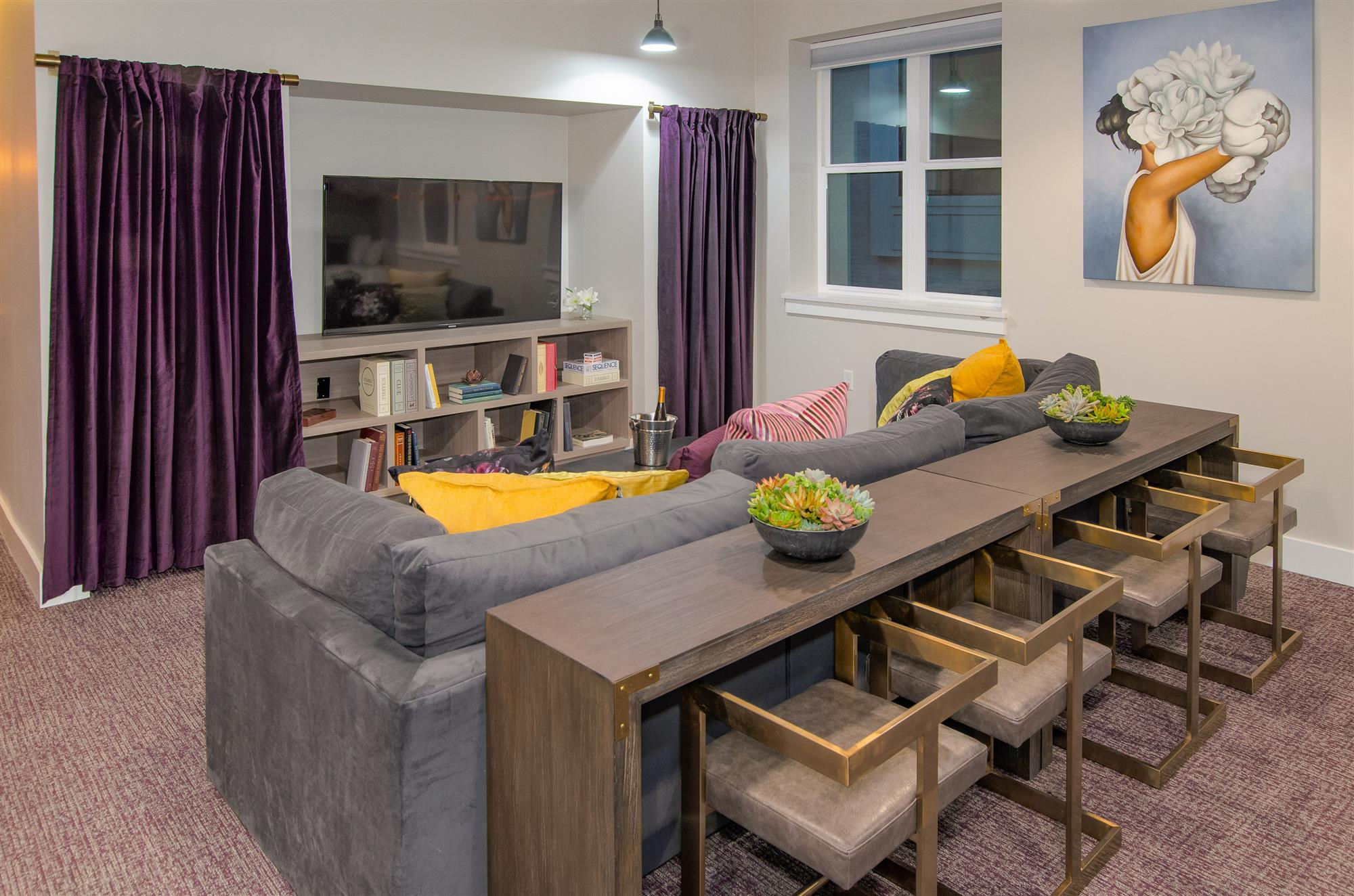 Squad Group Living Room